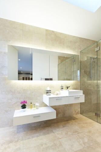 Yellingbo Bathroom 2 333x500, Michael Ellis Architects