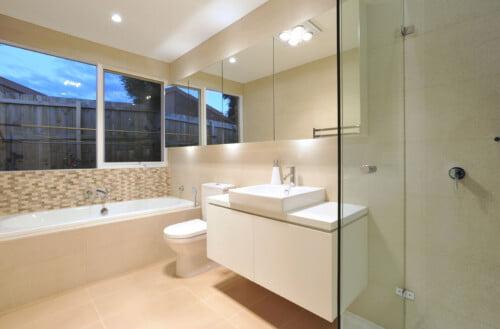Willow Interior Bathroom 9371 500x329, Michael Ellis Architects